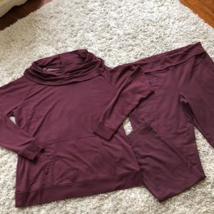 bcg Maroon size xl pullover and pants